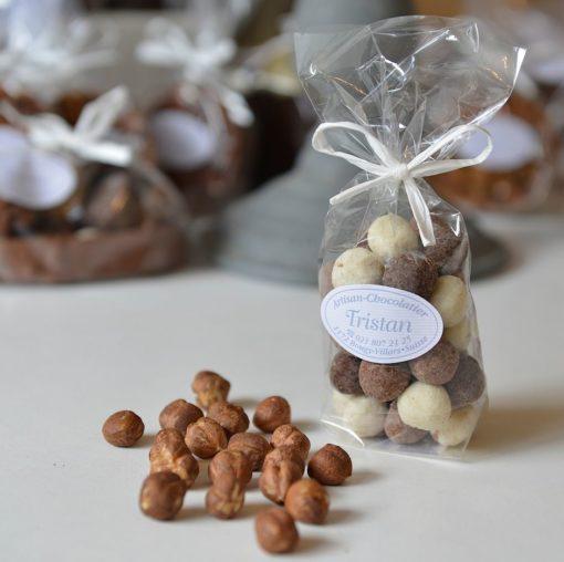 Mélange de noisettes du Piémont lait blanc noir 56% Tristan Chocolatier Suisse