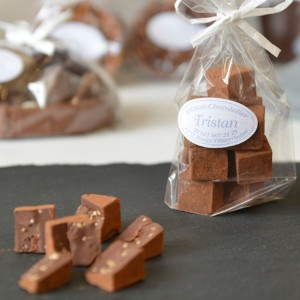 Pavés noir 54% Sésame Tristan Chocolatier Suisse