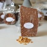 Plaque aux pignons, chocolat lait